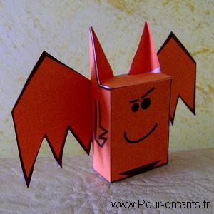 Paper toy Halloween à imprimer gratuit pdf chauve souris en papier